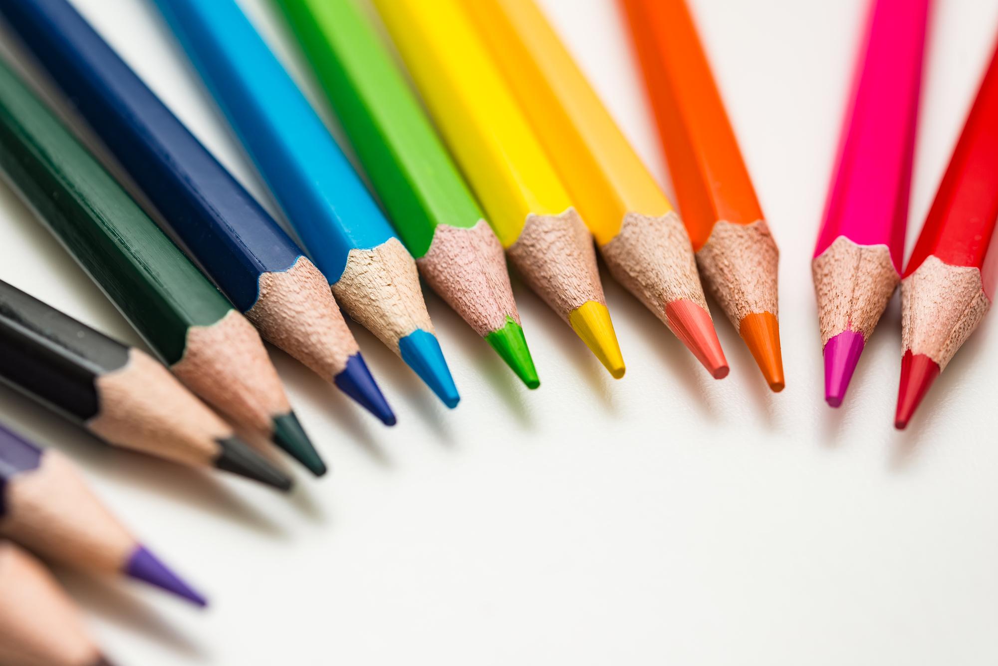 鉛筆 を なめる 意味